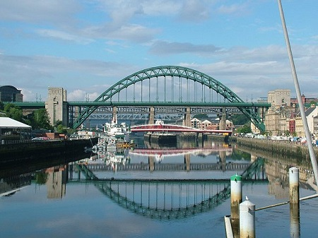 Tyne_Bridge_-_Newcastle_Upon_Tyne