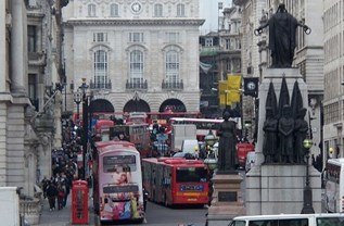Traffic at Picadilly Circus