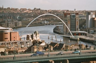 Newcastle Millenium Bridge.jpg