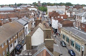 St Albans from Clock Tower by Przemyslaw Sakrajda, CC BY-SA 3.0.JPG