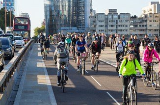 Cyclists on Blackfriars Bridge from TfL.jpg