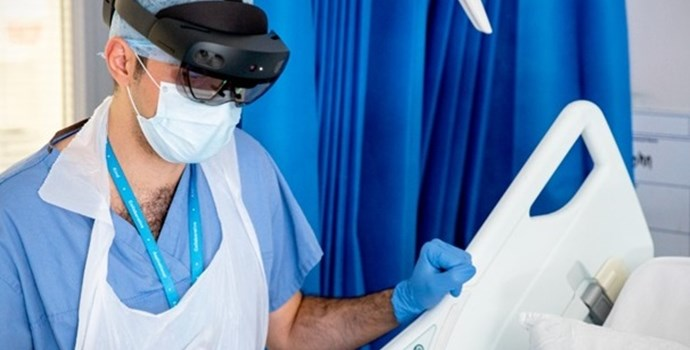 Microsoft hololens from Imperial College NHS.jpg