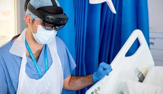 Doctor using HoloLens