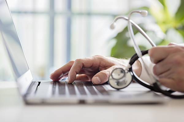 Latest Pharmacy News: 16m to introduce digital prescribing in hospitals